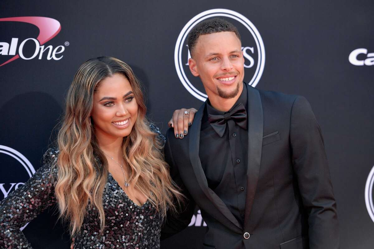 Steph and Ayesha Curry (Steph is the point guard for the Warriors and Ayesha is a celebrity cook and cookbook writer) at Telefèric Barcelona