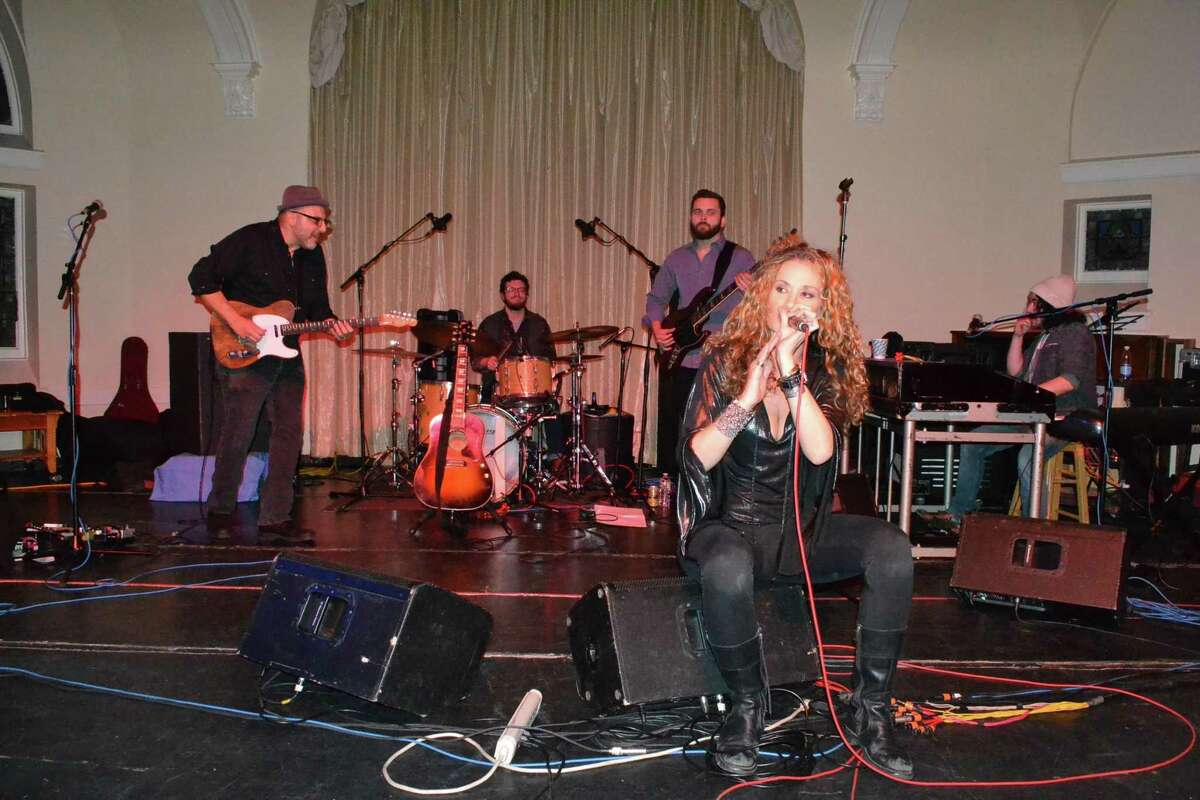 Dana Fuchs, a blues and rock singer performs at the Seabury Center in Westport, Saturday.