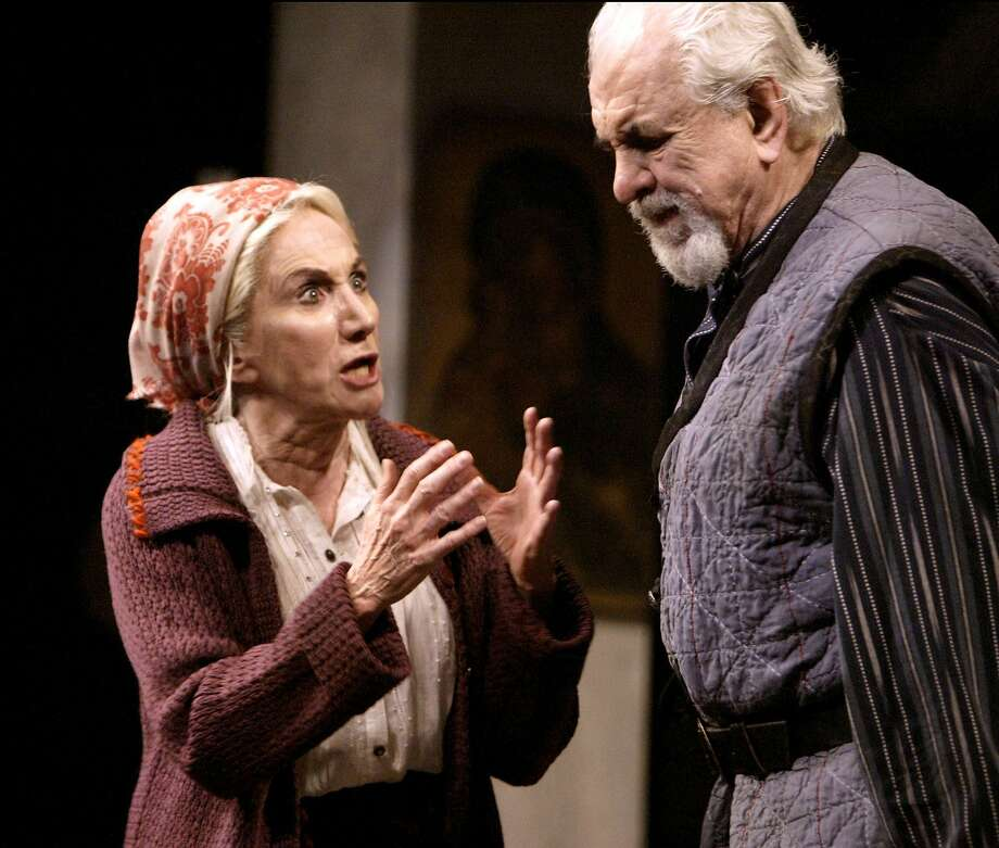 "Olympia Dukakis (Vassa) and husband Louis Zorich (Mikhail) perform in American Conservatory Theater's production of ""The Mother"" in 2004. Photo: Kim Komenich, SFC"
