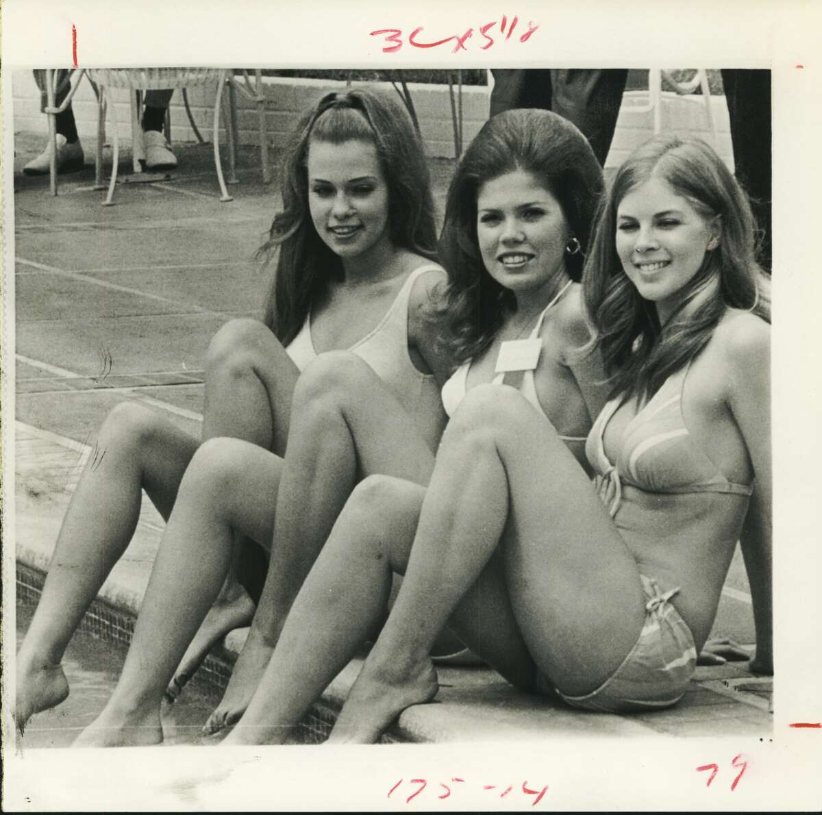 April 12, 1972: Three of the 39 Miss Texas Universe contestants take a breather during pre-pageant activities leading up to Saturday night's finals in San Antonio. From left, Suzan O'Neal (Miss Dallas), Debra Kinler (Miss Ft. Worth) and Sherri Vance (Miss Houston).