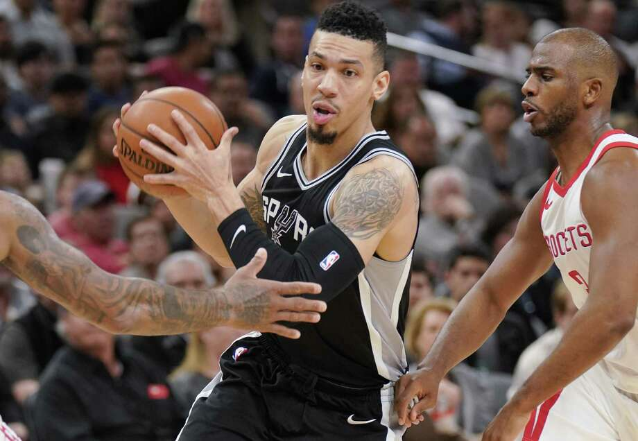 Danny Green stressed the importance of winning at home since the Spurs are just 12-15 on the road this season. Photo: Darren Abate /Associated Press / FR115 AP