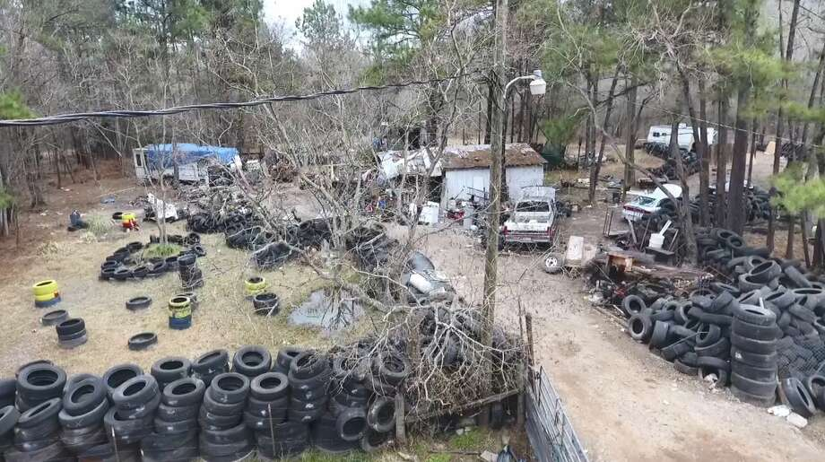 Scenes from a raid at an alleged Aryan Brotherhood chop shop on Our Road in San Jacinto County, Feb. 2, 2017. Photo: Scott Engle/Montgomery County Police Reporter