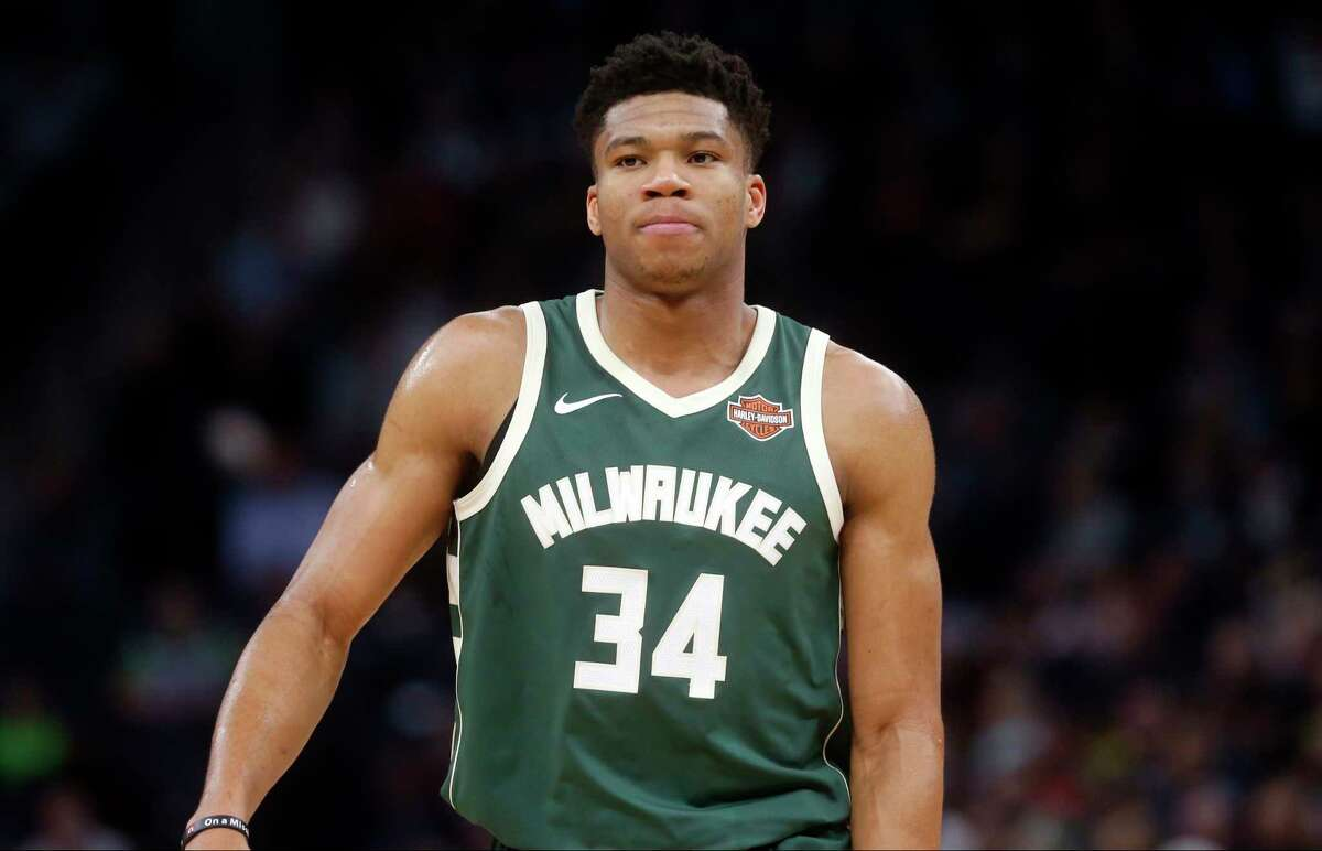 TOP CANDIDATES FOR THE NBA'S MVP AWARD Giannis Antetokounmpo By the numbers: 28.2 ppg, 10.4 rpg, 4.8 apg, 54.6 FG %, 29.9 3p %. Advanced stats: 55.8 eFG %, 29.7 PER, 8.8 win shares (per basketball-reference) Argument against: The Bucks are just 24-20 in games Antetokounmpo has played. Argument for: Of the top candidates, only Antetokounmpo and Anthony Davis are averaging double-digit rebounds while ranking third in scoring.