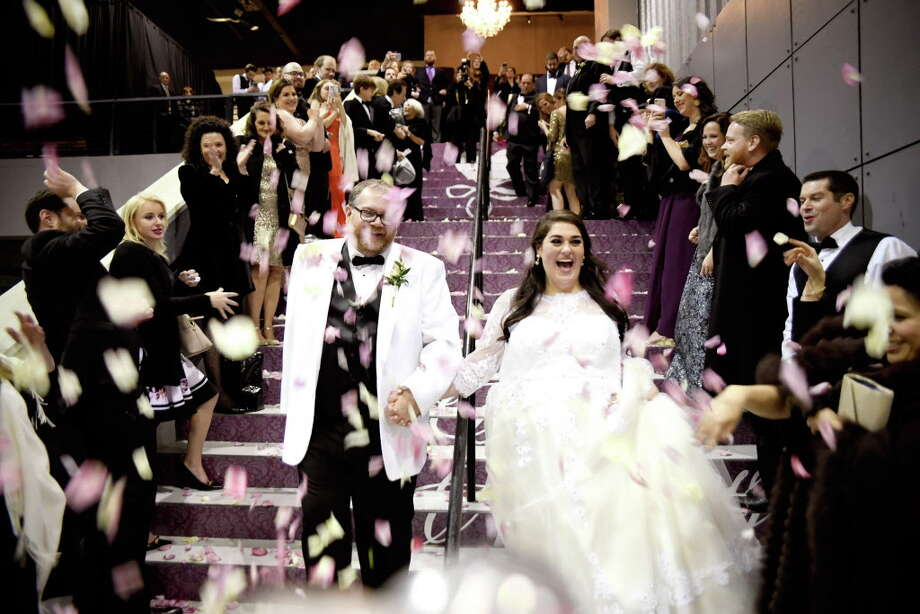 Andrew Smith and Lia Vallone met in 2014 and married on Jan. 6 at St. Anne's Catholic Church. Photo: AL TORRES PHOTOGRAPHY / AL TORRES         PHOTOGRAPHY
