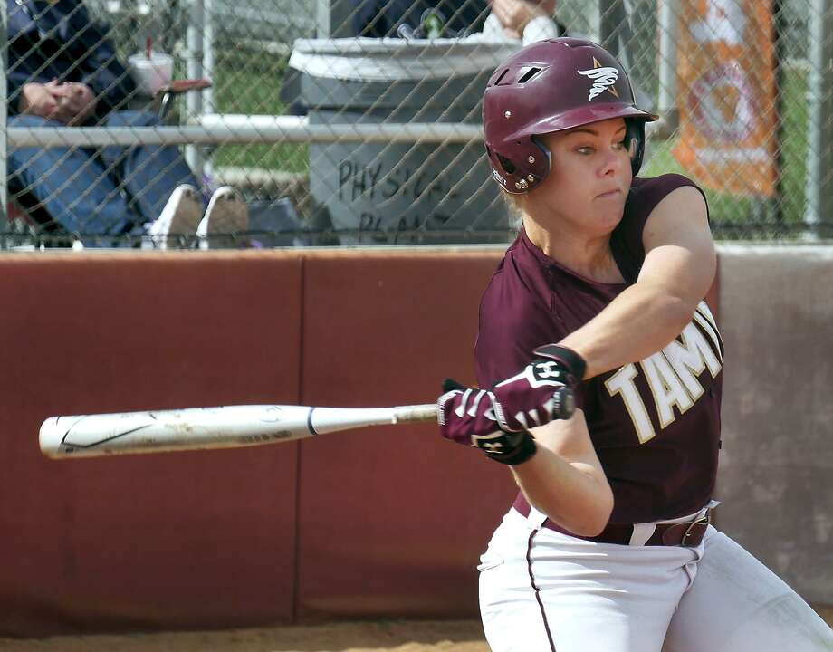Designated player Lindsey Smith had a two-run homer in the Dustdevils' 6-5 loss in the first-round of the Heartland Conference tournament to No. 5 seed Rogers State. The fourth-seeded Dustdevils play an elimination game Thursday at 6:30 p.m. against the loser of the Oklahoma Christian and Lubbock Christian game at 1:30. Photo: Cuate Santos /Laredo Morning Times File / Laredo Morning Times