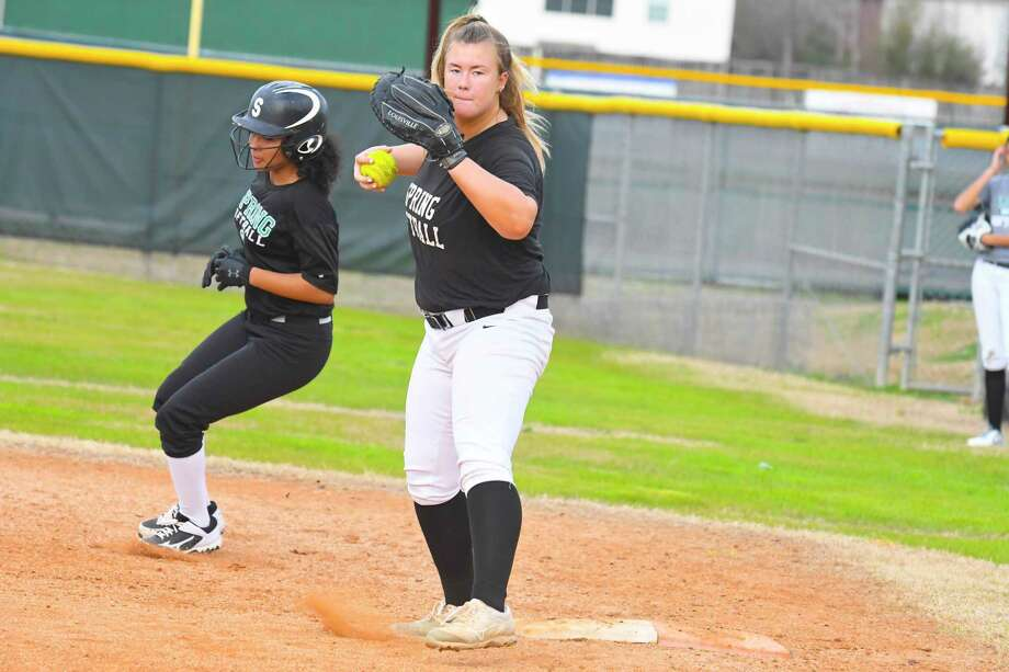 Four-year starter, first baseman Jadyn DeWitte is a South Dakota St. commit and the cornerstone of the lineup's power. Photo: Tony Gaines/ HCN, Staff / Houston Chronicle