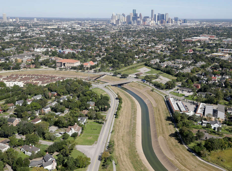 Brays Bayou along North and South MacGregor Way. Affordable technology exists that would provide nearby residents timely warnings of flood danger.