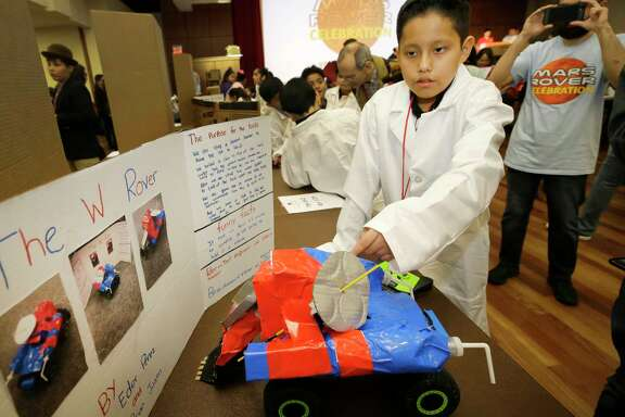 Eder Perez, 11, a fifth-grader a Ursula Stephens Elementary, went to the recent STEM Mars Rover Celebration at UH. Students are learning that clarity is key to explaining research.   Eder Perez, 11, a fifth-grader a Ursula Stephens Elementary, went to the recent STEM Mars Rover Celebration at UH. Students are learning that clarity is key to explaining research.