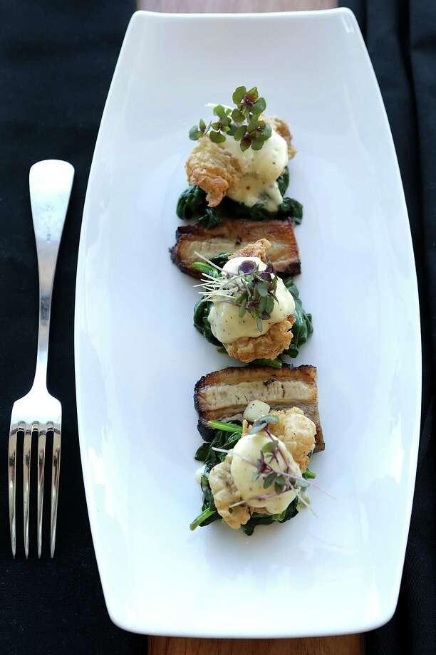 Chicken-fried oysters at Silo Terrace Oyster Bar. Photo: Bob Owen /San Antonio Express-News / © 2015 San Antonio Express-News