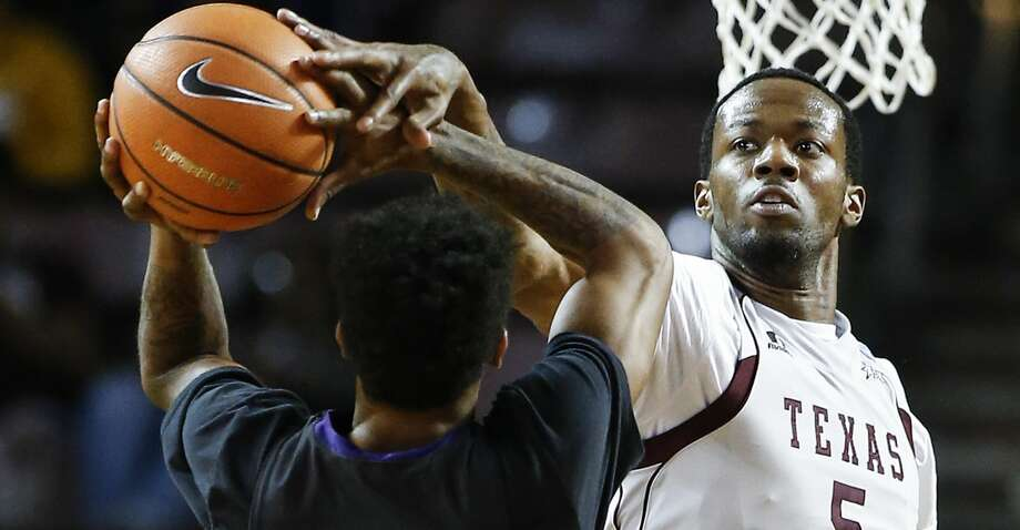 What was supposed to be a battle between bitter rivals turned into a blowout as Texas Southern fell behind early and never recovered in a 96-82 loss to Prairie View A&M at the William Nicks Building in Prairie View on Saturday. Photo: Brett Coomer/Houston Chronicle