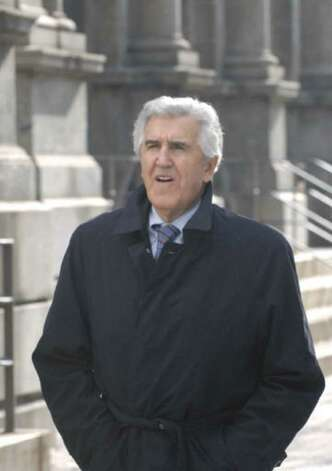 Former State Senator Joseph Bruno walks back to federal court following lunch in Albany, N.Y., Nov. 6, 2009. (Michael P. Farrell/Times Union)