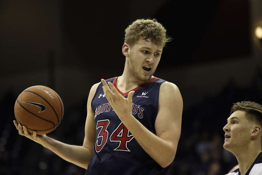 St. Mary's Jock Landale, a 6-11 center from Australia, averaged 30 points and 15 rebounds in his team's two wins last week.