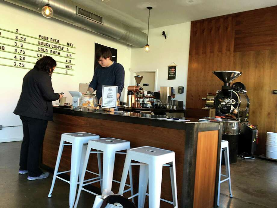 The service counter at roaster at Estate Coffee Co. Photo: Mike Sutter /San Antonio Express-News