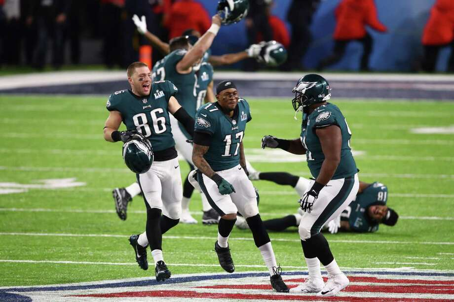 MINNEAPOLIS, MN - FEBRUARY 04: Zach Ertz #86 and Alshon Jeffery #17 of the Philadelphia Eagles  celebrate defeating the New England Patriots 41-33 in Super Bowl LII at U.S. Bank Stadium on February 4, 2018 in Minneapolis, Minnesota.  (Photo by Gregory Shamus/Getty Images) Photo: Gregory Shamus, Staff / 2018 Getty Images