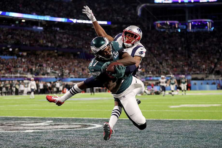 Philadelphia's Alshon Jeffery (17) had three catches for 73 yards and a score as the Eagles captured a 41-33 win over the Patriots. Photo: Patrick Smith, Staff / 2018 Getty Images