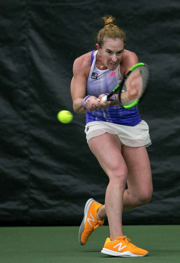 Madison Brengle plays in the singles final match during the Dow Tennis Classic held at the Greater Midland Tennis Center on Sunday, Feb. 4, 2018. (Josie Norris/for the Daily News) Photo: (Josie Norris/for The Daily News)