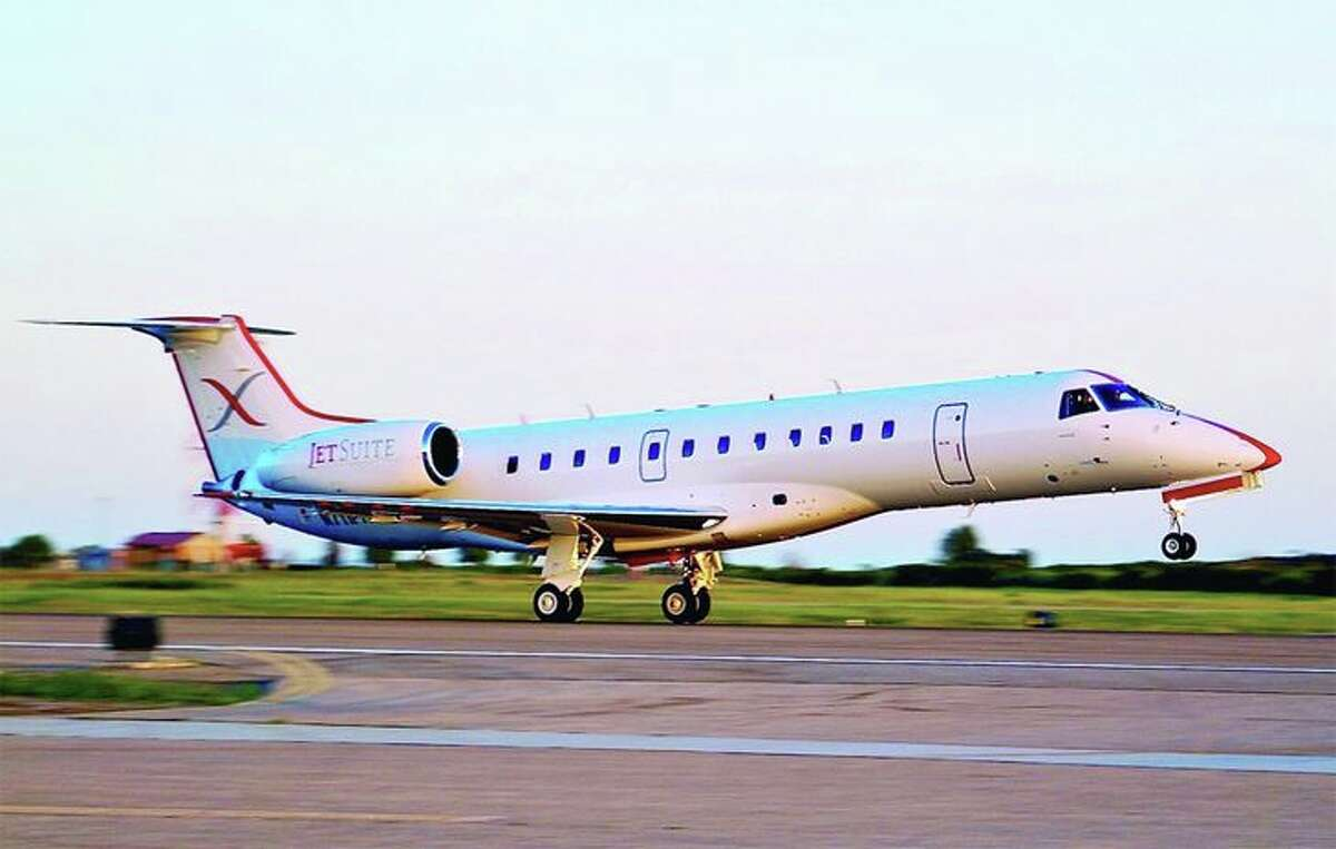 A JetSuiteX Embraer 135. (Image: JetSuiteX)