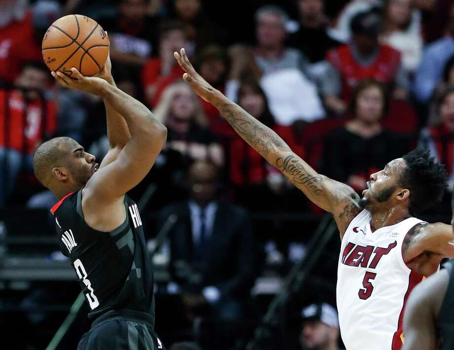 Rockets guard Chris Paul, left, is making 40.8 percent of his attempts from 3-point range this season. Photo: Brett Coomer, Staff / © 2018 Houston Chronicle
