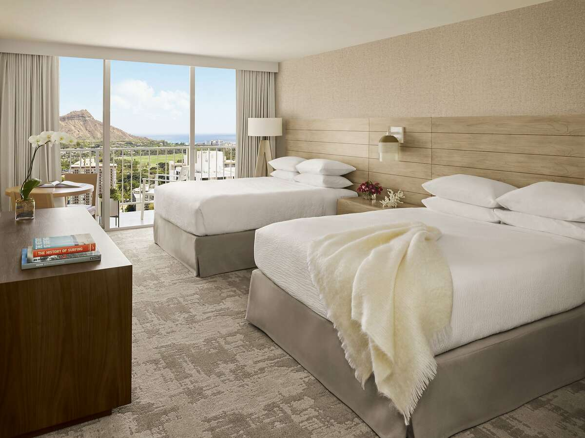 Many of the 839 renovated guestrooms at Alohilani Resort Waikiki Beach offer Diamond Head and partial ocean views.