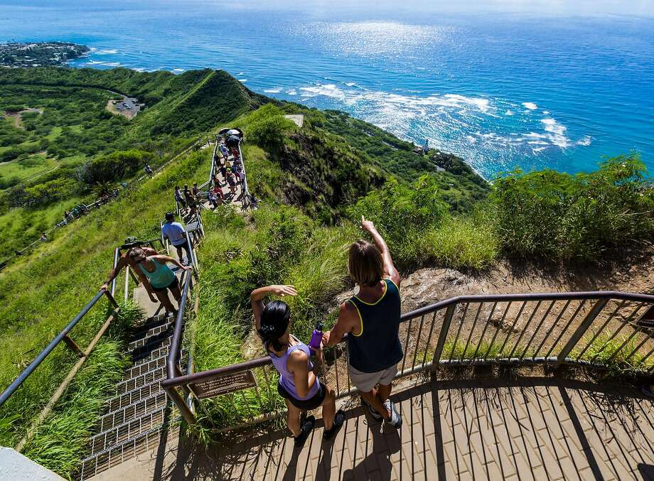 A new narrated audio tour of Diamond Head helps those hiking to the summit understand the crater�s ecology, history and cultural legacy. Photo: Tor Johnson / Hawaii Tourism Authority