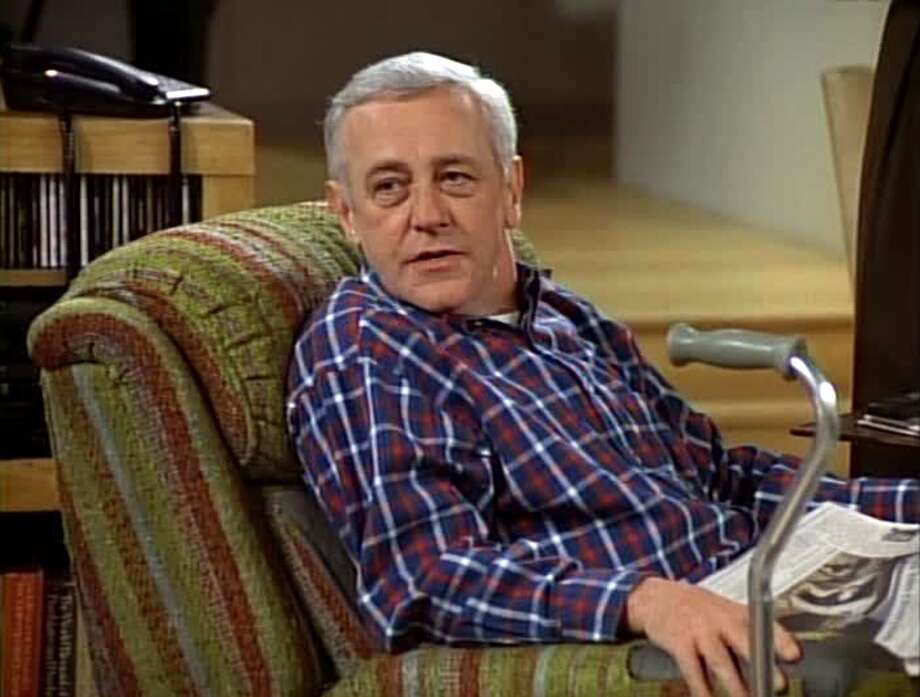 "John Mahoney as Martin Crane from ""Fraiser."" Photo: CBS Photo Archive/CBS Via Getty Images"
