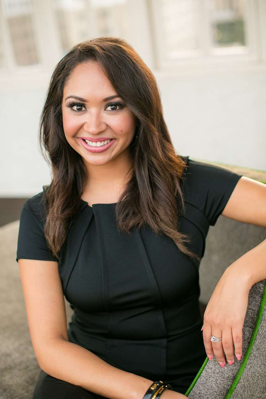 Chelsey HernandezKENS-TV traffic anchor Chelsey Hernandez waved goodbye to San Antonio in March, after taking a job offer at KTRK in Houston.