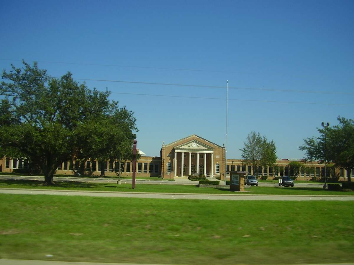 Cy-Fair High School Average years of experience of principals: 24 District:Cy-fair ISD