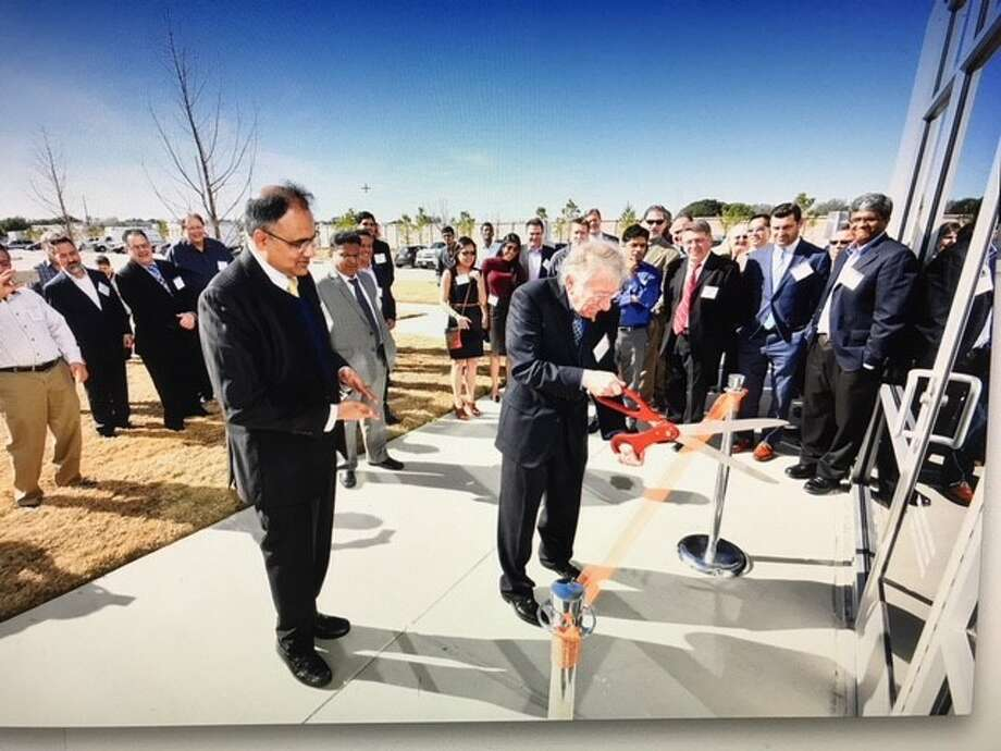 The management team of Matrix Metals and Stafford Mayor Leonard Scarcella, right, cut the ribbon on the new North American headquarters for Matrix Metals in Stafford on Jan. 22, 2018. The company is the Stafford Grove Industrial Park, Suite 100, 10643 West Airport Boulevard. Photo: Matrix Metals