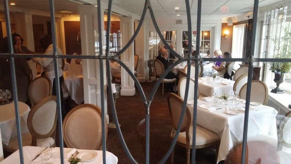 The Roger Sherman Inn dining room.