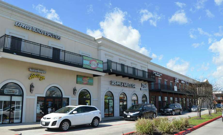 Zenda Channing Orleans Square LP, an affililate of Montreal-based Zenda, has acquired the 65,000-square-foot Orleans Square Shopping Center at 18321 West Lake Houston Parkway in Humble. Photo: Lewis Property Co.