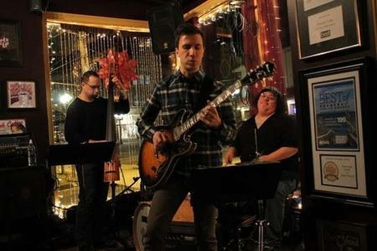 The Ken Serio Jazz Trio comes to Middletown's Buttonwood Tree on Feb. 24.