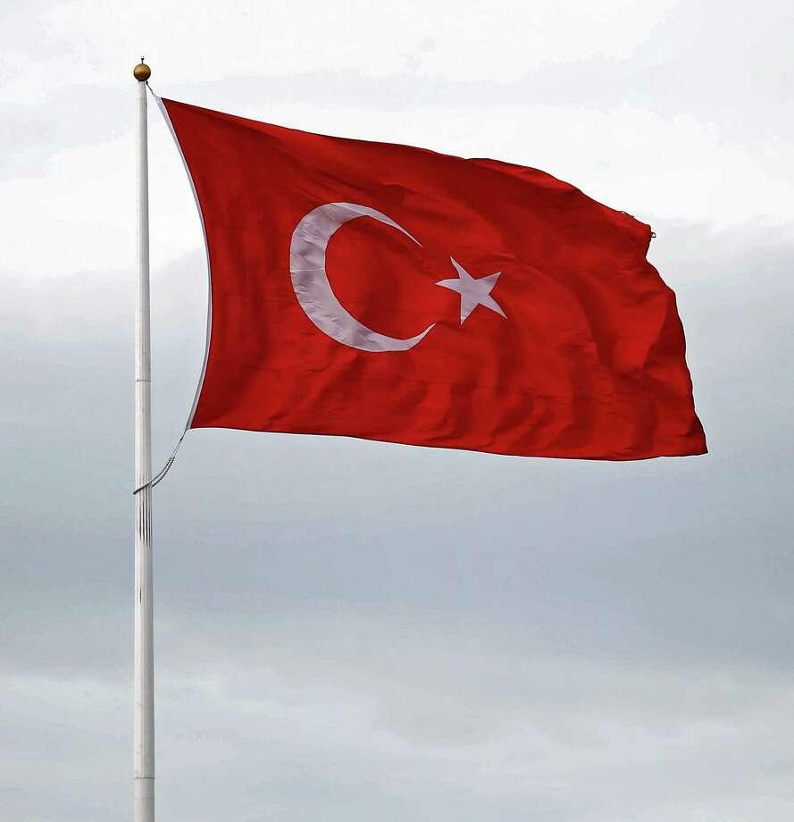 Regime attacks in Syria's E. Ghouta 'alarming': Turkey
