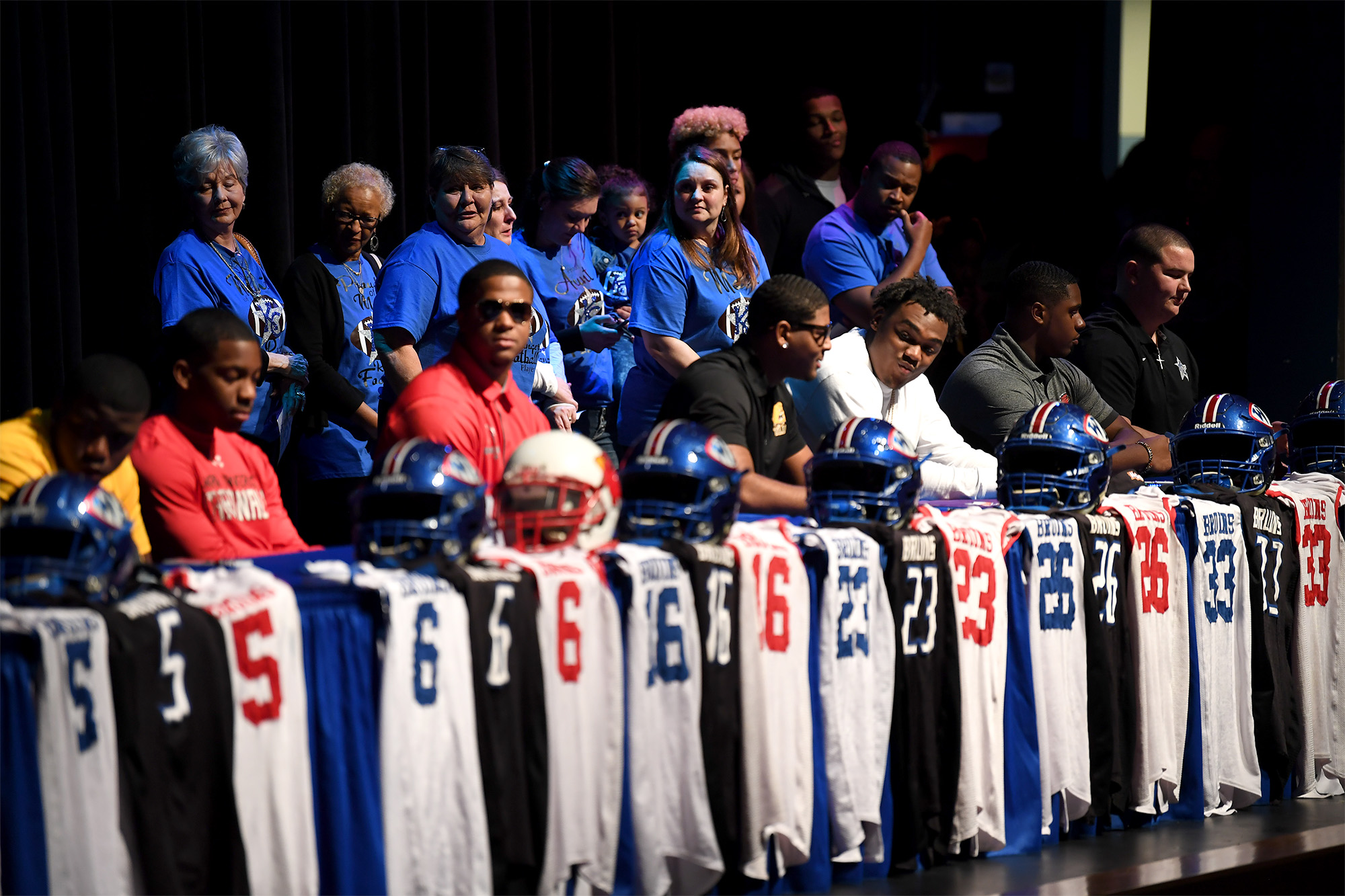 pdes signing day 2012 - HD2000×1333