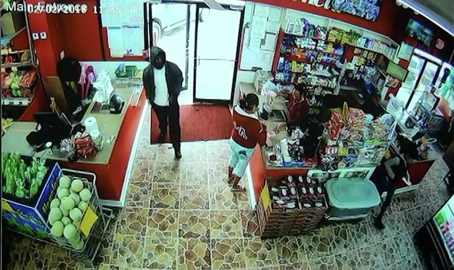Beaumont police are investigating a vehicle burglary at Vaquita Meat Market, 3035 College, on February 2, 2018. Photo: BPD