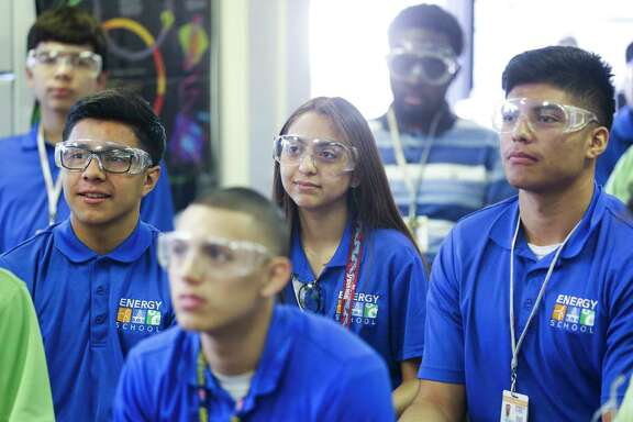 Students watch a biodiesel demonstration in their joint environmental science and bio-tech engineering classes at the Energy Institute High School, a STEM-focused magnet school in Houston ISD, Tuesday, Jan. 30, 2018 in Houston. ( Michael Ciaglo / Houston Chronicle)