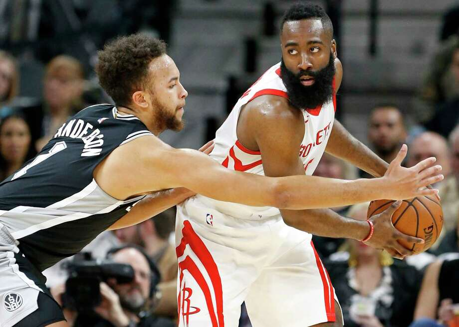 San Antonio Spursé• Kyle Anderson defends Houston Rocketsé• James Harden during first half action Thursday Feb. 1, 2018 at the AT&T Center. Photo: Edward A. Ornelas, Staff / © 2018 San Antonio Express-News