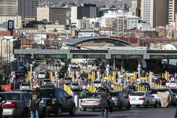 "Cars line up at the checkpoint into the United States on the Paso del Norte Bridge, also known as the ""Santa Fe Street Bridge,"" on Wednesday, Jan. 31, 2018, in El Paso, Texas. ( Brett Coomer / Houston Chronicle )"
