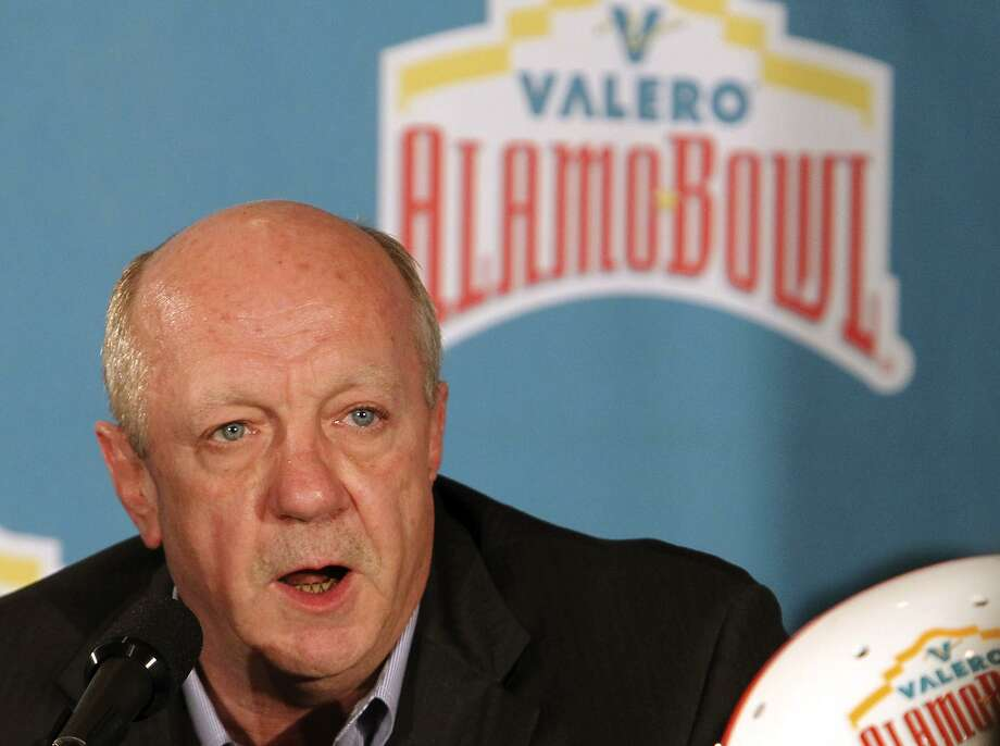Valero Energy Corp.'s Chief Financial Officer Michael Ciskowski is shown in this 2012 photo. Ciskowski will retire from Valero in May after more than 30 years with the company. Photo: San Antonio Express-News File Photo / © 2012 San Antonio Express-News