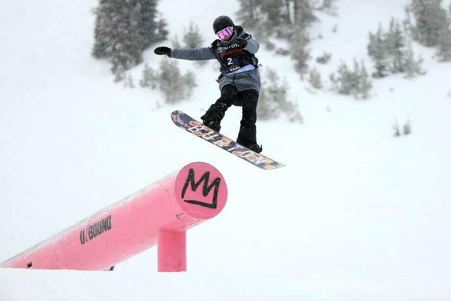 Julia Marino competes in the final round of the Ladies' Snowboard Slopestyle during the Toyota U.S. Grand Prix on January 20, 2018 in Mammoth, California Photo: Sean M. Haffey /Getty Images