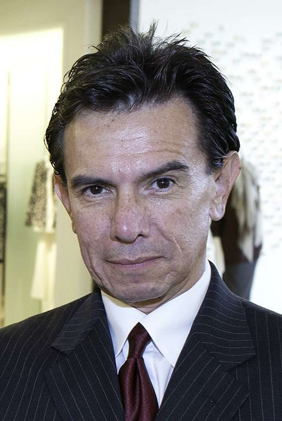 Guillermo Hoyos