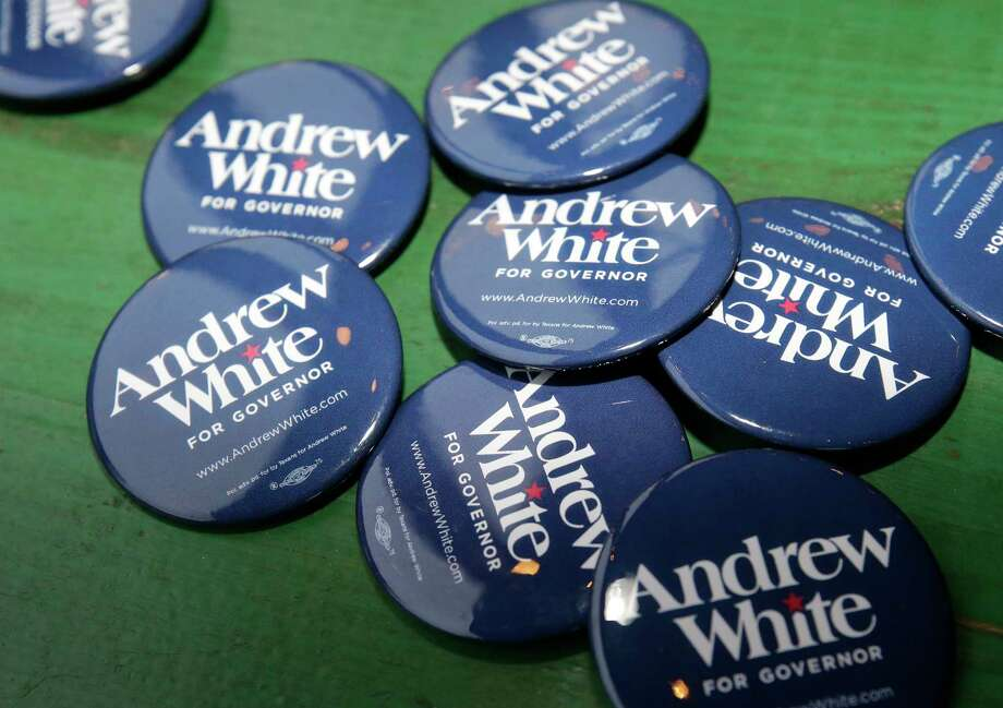 Campaign buttons for Andrew White, a Democratic candidate running for governor of Texas, are shown during event at Kirby Ice House, 3333 Eastside St., Wednesday, Feb. 7, 2018, in Houston. Photo: Melissa Phillip, Houston Chronicle / © 2018 Houston Chronicle