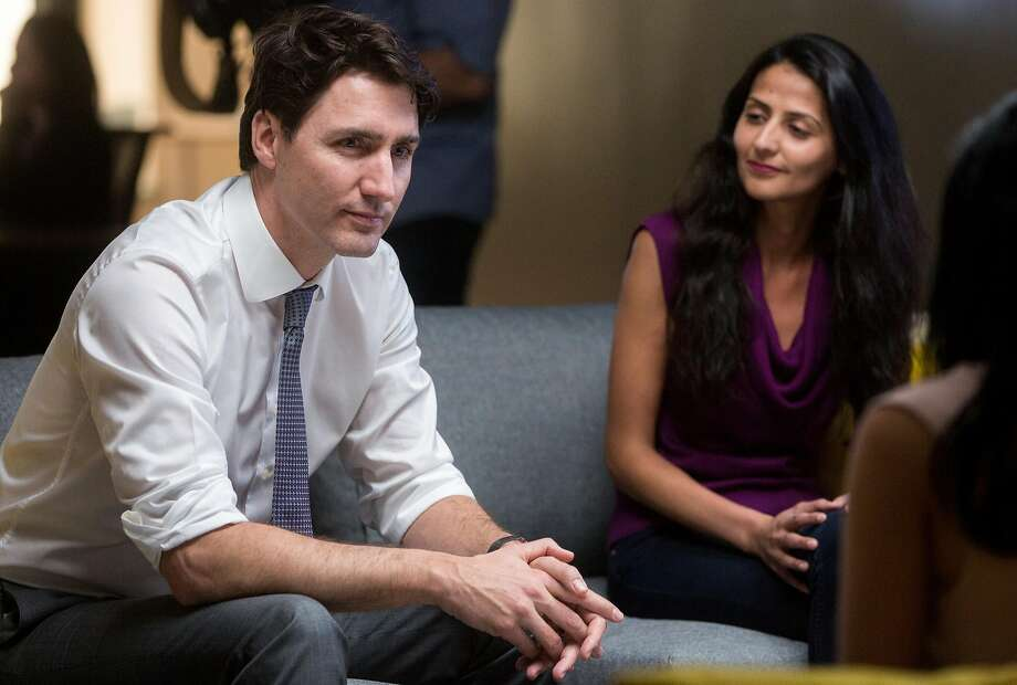 Canadian Prime Minister Justin Trudeau speaks with engineers of AppDirect while touring their San Francisco office Thursday. Photo: Jessica Christian, The Chronicle