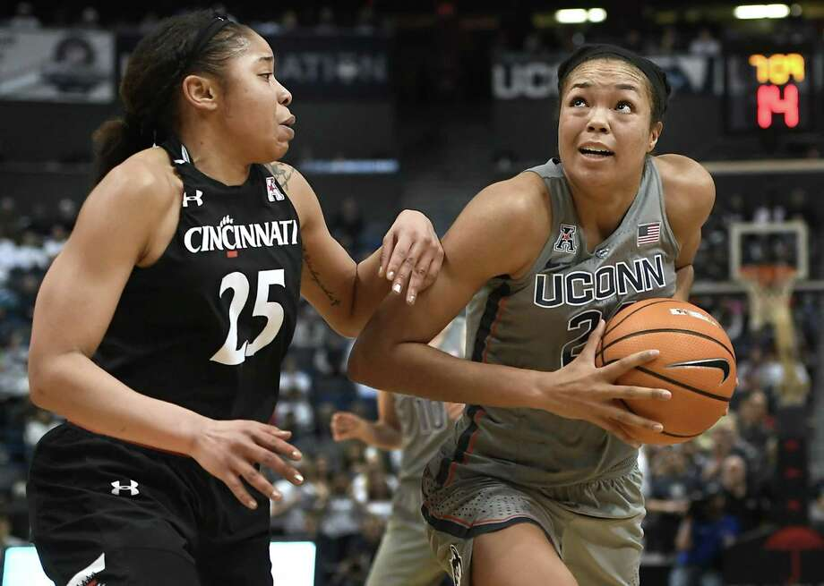 UConn's Napheesa Collier, right, has gotten into a groove from the charity stripe recently. Photo: Jessica Hill / Associated Press / AP2018