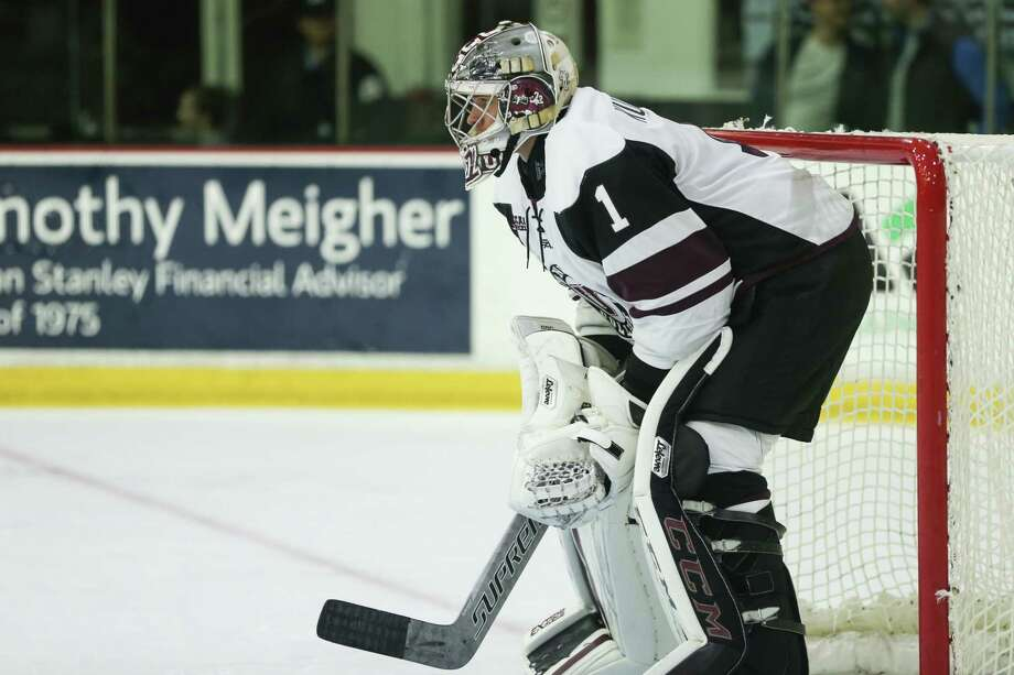 Union College Jake Kupsky (1) in goal at Messa Rink in Schenectady NY on October 13, 2017. (Photo: Robert Dungan, Special to the Times Union) ORG XMIT: MER2017082023255053 Photo: Robert Dungan / Robert Dungan 2017