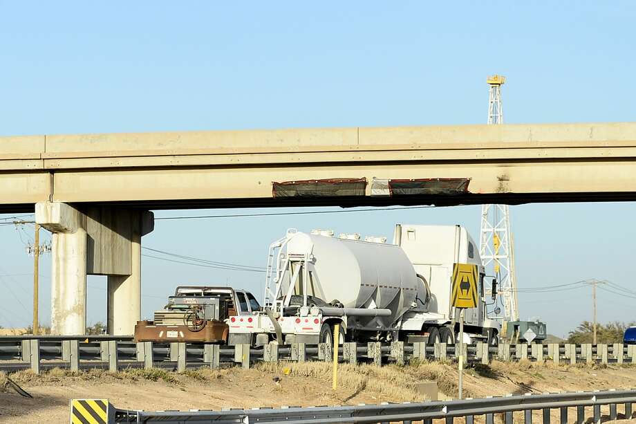 The Cotton Flat Road overpass that spans across Interstate 20 was closed for evaluation after it was struck by an oversize load early Thursday Photo: James Durbin/Reporter-Telegram