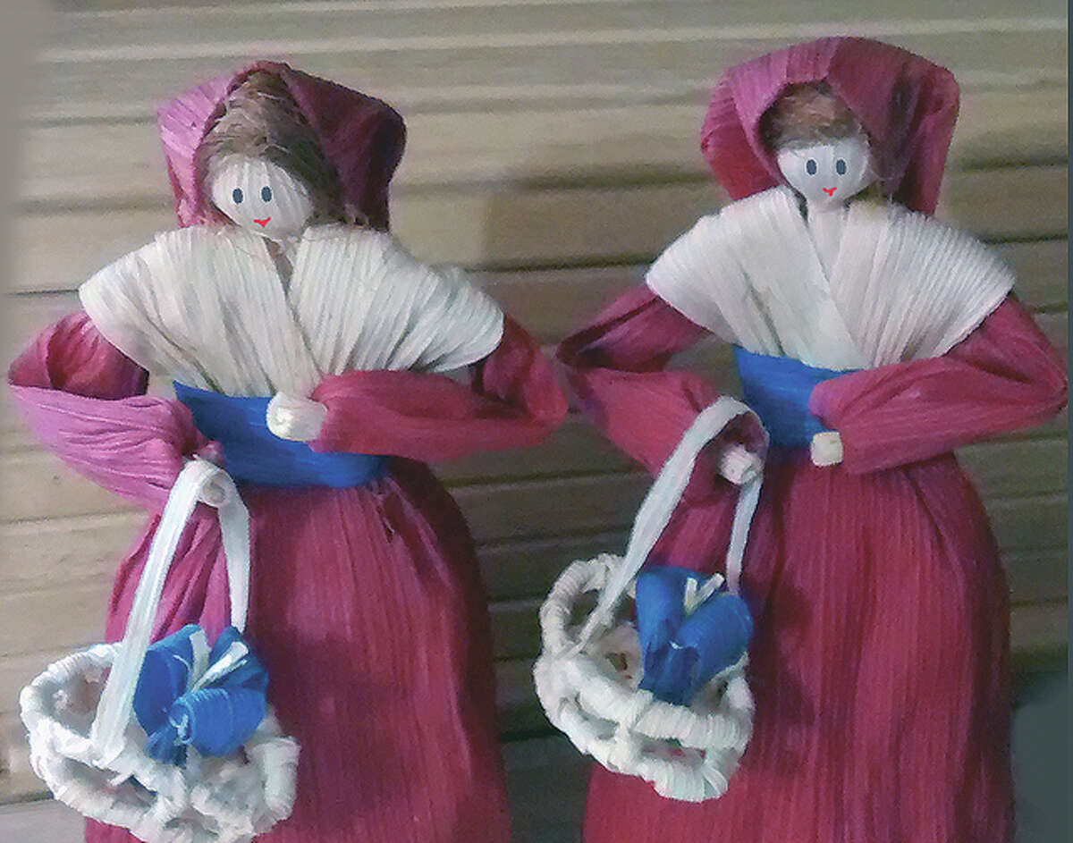 Photo courtesy of Marcia Cox Marcia Cox of Virginia has been making cornhusk dolls for more than 30 years. Her creations were part of last year's movie