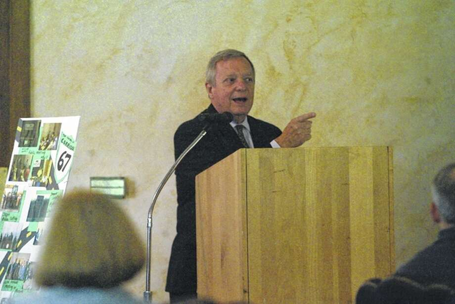 U.S. Sen. Dick Durbin talks about transportation issues in Illinois. Photo: Nick Draper | Journal-Courier