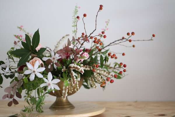Mix It Up On Valentine S Day With A Floral Arrangement That Goes