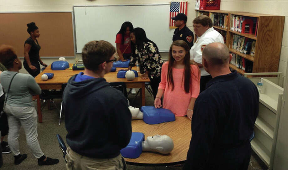 The Alton Fire Department, Alton Community Relations Commission and Alton School District teamed up to provide CPR and AED classes.