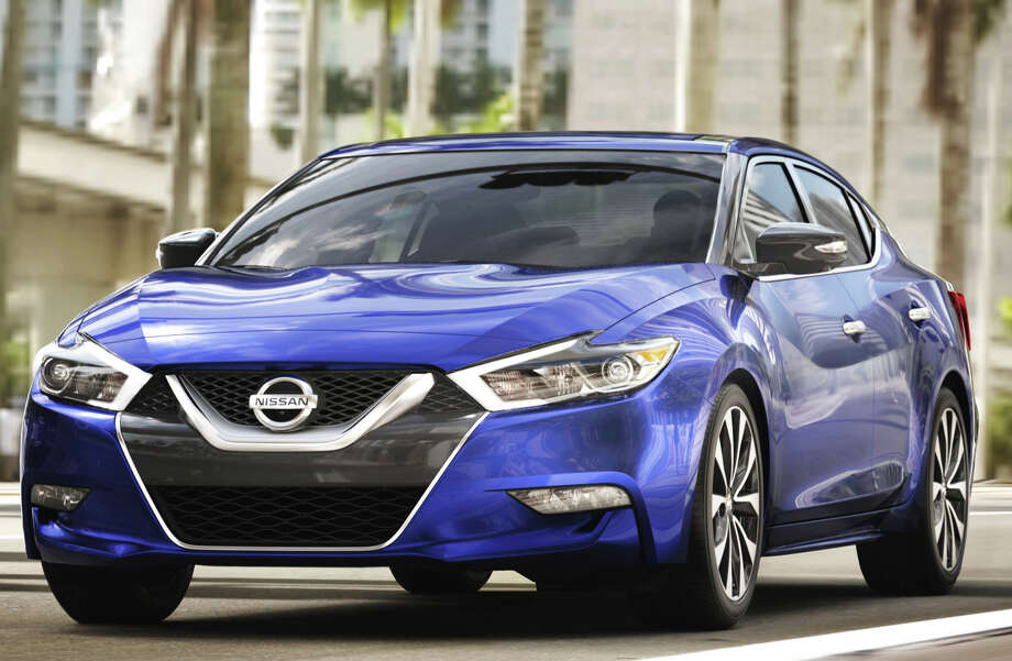 Nissan Maxima: \'Four-door sports car\' gets some upgrades for 2018 ...